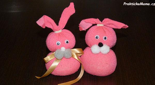 Velikonoční zajíček z ponožky